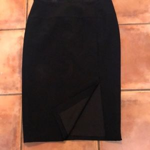 Ann Taylor black skirt front kick pleat lined  10